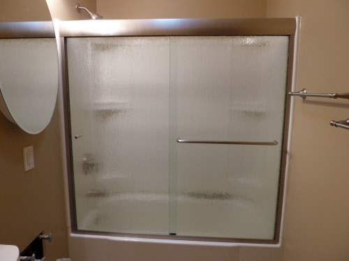 Bgs glass services llc waukesha wisconsin for Sliding glass doors tub
