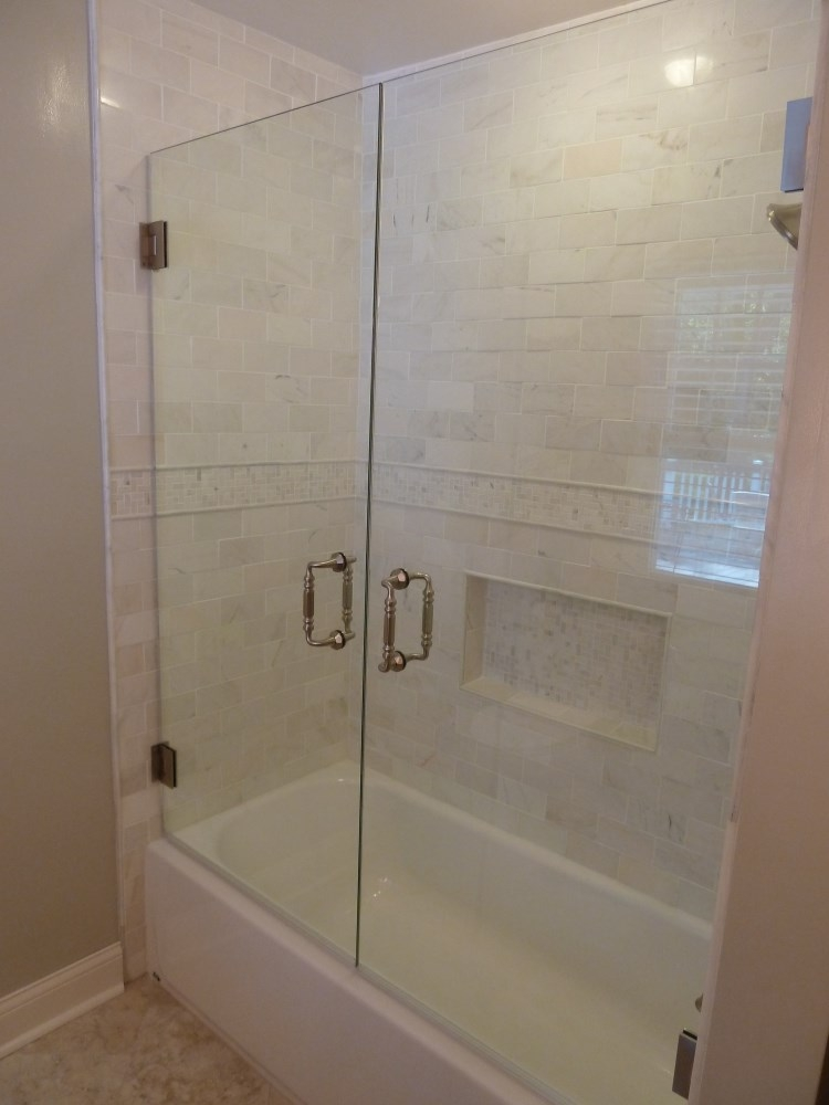 Custom Frameless Shower Door Installed In Milwaukee P1000615 P1000611